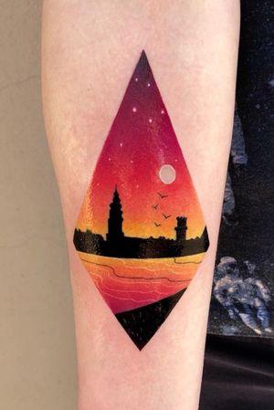 Another city view ✨ #tattoo #tattooart #bydgoszcztattoo #warsawtattoo #colortattoo #landscapetattoo
