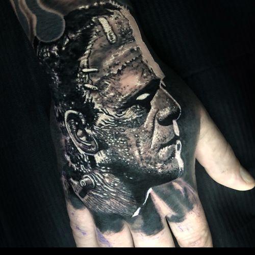 Frankensteins monster #BorisKarloff #tattoo #tattoos #tattooartist #BishopRotary #BishopBrigade #BlackandGreytattoo #QuantumInk #ImmortalAlliance #SullenClothing #SullenArtCollective #Sullen #SullenFamily #TogetherWeRise #ArronRaw #RawTattoo #TattooLand #InkedMag #Inksav#BlackandGraytattoo #tattoodoapp #tattoodo