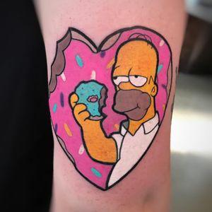 Tattoo by Day aka illustday #Day #illustday #thesimpsons #Simpsons #cartoon #newschool #tvshow #tvshowtattoo #color #homersimpson #donut #food #foodtattoo #sprinkles