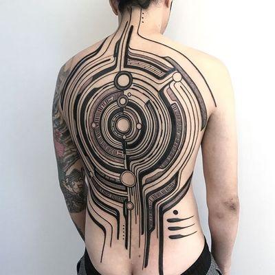 Tattoo by Roberto Pantarei #RobertoPantarei #favorite #favoritetattoos #abstract #shapes #cyber #scifi #biomechanical #Bioorganic #linework #circles #pattern #ornamental