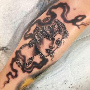 Tattoo by Christopher Conn Askew #ChristopherConnAskew #SekretCity #blackandgrey #portrait #ladyhead #jewelry #pearls #smoke #lady #beauty