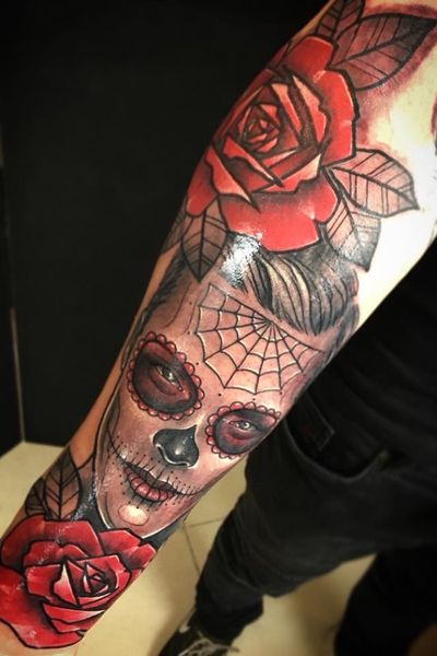 Man Sugar Skull 💀 and Roses 🌹 Sponsored by @yayofamilia and @diamondtattoosupplies ********************************************** #crimsontideink #sugarskull #sugarskulltattoo #sugarskulltattoos #santamuerte #tattooinlondon #rosetattoo #rosestattoo #ink #tattoos #inked #art #tattooed #tattooartist #instagood #tattooart #artist #photooftheday #drawing #inkedup #tattoolife #style #like4like #design #bodyart #instatattoo #tattooculture #black #tat #sketch