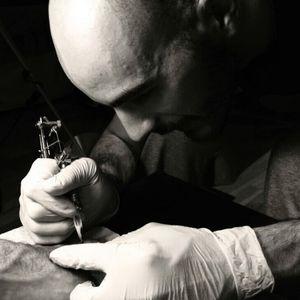 I love this buzzzzzz #tattoing