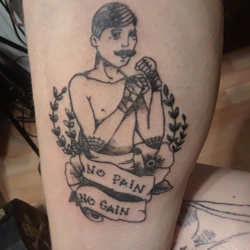 No pain, no gain. #tattoo #ink #oldschooltattoo #fineline #boxertattoo #nopainnogain #traditionaltattoo