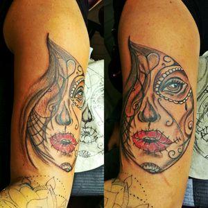 #lacatrina #frau #inkgirl #inked #tattooedwoman #tattooedgirl #tattooed #tattoist# #hellotattoomed #cheyenecartridge #bullet#intenzpride #instatattoo #germantattooers #frau#inkgirl #hellotattoomed #inkspector #follow #followforfollow #artist