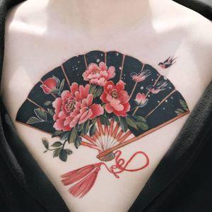 Tattoo by Sion #Sion #tattooistsion #Seoultattoos #Seoul #KoreanArtist #color #neotraditional #fan #peony #flowers #floral #tassel #birds #nature