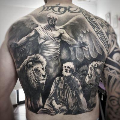 #realistic #blackandgrey #backpiece #lion #angel