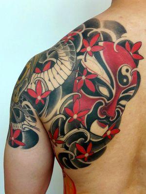 #waves #china #asia #opera #mask #acer #leaf #shouldertattoo #art #traditionaltattoo #craftmen #artsandcraft #boldlines