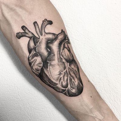 #blackwork #ink #inked #art #heart #blackworkers #xystudio
