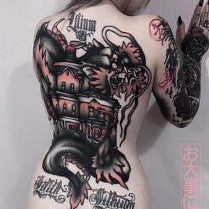 Tattoo by Andrea Raudino #AndreaRaudino #besttattoos #backpiece #house #dragon #darkart #mythicalcreature #animal #surreal #strange #victorian #architecture #building