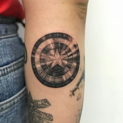 캡틴아메리카 #ironman #마블 #captianamerica #tattooartist #tattooart #ta2 #Korea #koreatattoo #IldoOh #s8tattoo #eagle