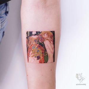Tattoo by Ayhan Karadag #AyhanKaradag #finearttattoos #finearttattoo #fineart #painting #klimt #Artnouveau #watercolor #replica #lady #flowers #floral