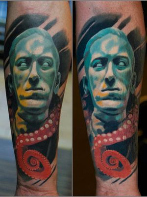 #lovecraft #portrait fresh on the left, #healed for 4 yrs on the right #wroclawtattoo #Poland #alminztattoo