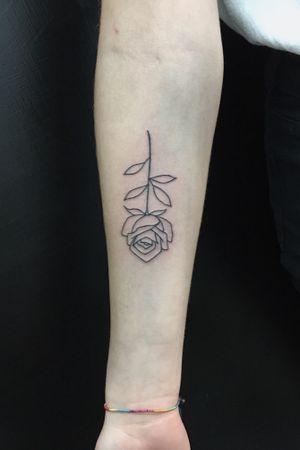 """""""La semplicità"""" #tattoo #tattooart #rosetattoo #rose #ink #inked #inkaddict #italian #italiantattooartist"""