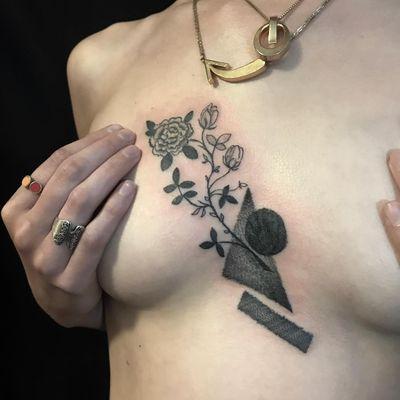 Tattoo by Servadio #Servadio #blackwork #illustrative #fineline #linework #flower #floral #shapes #triangle #sphere #carnation #rose