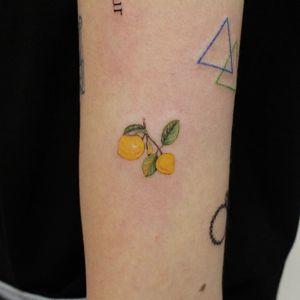 Lemon #tattooartist #lemon #Korea #minitattoo #cutetattoo #rimutattoo #tattooarttist #com