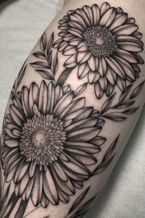Details 🍃 _________________________________________________  🌿 ingridimoreiraa@gmail.com #blackworkerssubmission #darkartists #btattooing #blacktattooart #blackwork #tattooistartmagazine #blacktattoomag #tattooculturemagazine #onlyblacktattoos #tattoo #sketch #equilattera #inkedmag #tattrx #inkstinct #tattooinkspiration #insanetattoos #tattoodo #thebesttattooartists #blackworkbrasil #radtattoos #theartistthemotive #iblackwork #blacktattoomag #onlyblackart #botanical #flowers