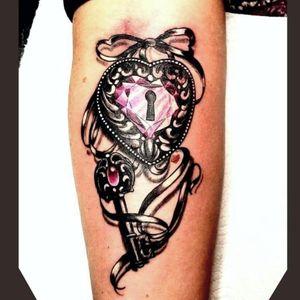 #tattoo #tätowierung #artist #tätowiert #bremen #niedersachsen #tattoos #tatted #tattedgirls #colortattoo #farbspieltattoo #tattoobremen #brementattoo #tattoostudiobremen #wirliebentattoos #welovetattoos #lovetattoo #tattoostudio #liebe #rsticht