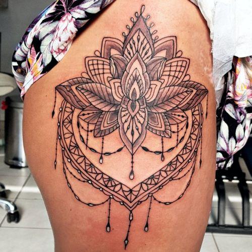 #mandala #tattoo #tätowierung #artist #tätowiert  #bremen #niedersachsen #tattoos #tatted #tattedgirls  #colortattoo  #farbspieltattoo #ink #inked #getinked #tattedup  #bremen #tattoobremen #brementattoo #tattoostudiobremen #wirliebentattoos #welovetattoos #lovetattoo #tattoostudio #liebe  #rsticht
