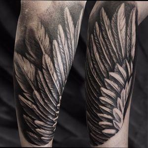 Wing tattoo at the forearm ✌🏼 @green_pearl_tattoo #melfortat #braunschweigtattoo #greenpearltattoo #kwadroncartridges #inkjecta #silverbackink #tattoo #tattoos #tttism #blacktattoo #darkartist #ink #inked #bodyart #bnginksociety #tattoolife #tattoolovers #inkstagram #hannover #braunschweig #blackandgreyrealism #Braunschweig #wowtattoo #tattoodesign #inkjunkeyz #tattrx #besttattooinspigrations