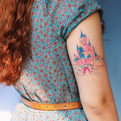 Tattoo by Gong Greem #GongGreem #Disneytattoo #Disney #cartoon #animation #castle #watercolor #illustrative #Disneycastle