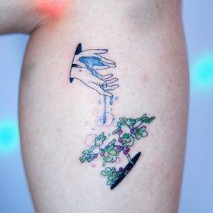 Tattoo by Tattooist Dahh #TattooistDah #planttattoos #planttattoo #plant #nature #hands #water #berries #leaves #surreal #watercolor #illustrative