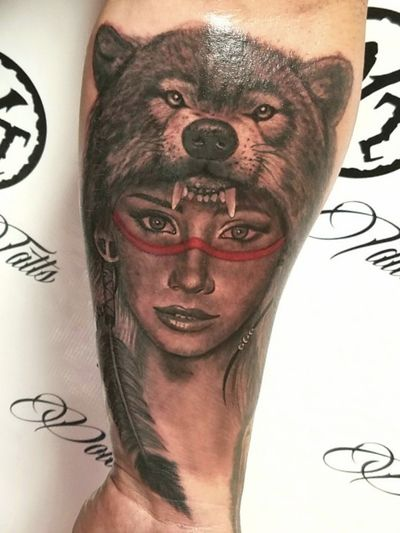 #saraunderwood #realism #portrait #wolf #headdress #realismtattoo #portraittattoo #ladyface #blackandgray #sexy #realismportrait