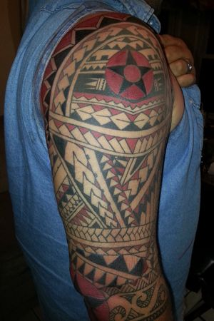 27 hrs Total. Bout 6 sessions #jaycontrerastattoos #polynesiantattoo #neotat #eternalink #colortattoo