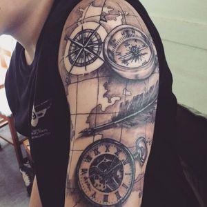 #Pluma #brujula #reloj #relojdebolsillo #mapa #viaje #brazo