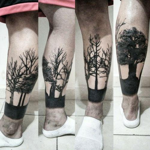 #foresttattoo #treestattoo #tattoo #legtattoo #bng #bngtattoo #blacktattoo #blackwork