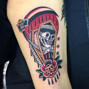 Tattoo by Almagro #Almagro #AlmagroTattooer #reapertattoo #reaper #grimreaper #skeleton #skull #death #color #coffin #newschool #traditional #scythe #rose #flower #floraltattoo