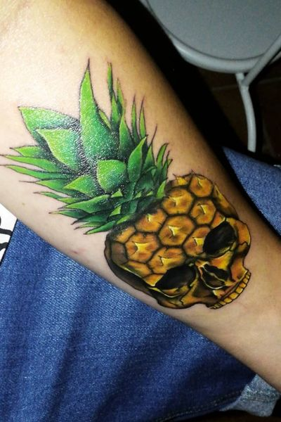 """Pineapple Skull by """"Miley"""" of the """"Gold and Silver Tattoo"""" Shop based in Schwäbisch Gmünd, Germany #pineapple #skull #lowerarm #arm #coloured"""