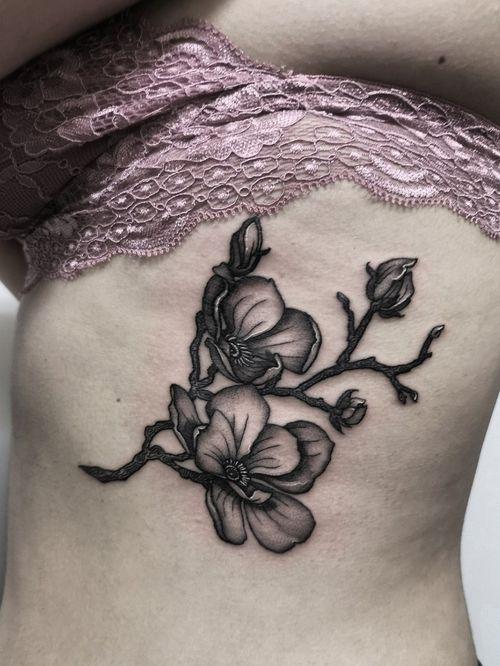 Magnolias 🖤 Instagram: @olga_tattoos E-mail: Olgamdtattoos@gmail.com  #london#londontattoos#shoreditch#customdesign#customtattoos#bw#blackink#blscktattoos#tattoo#tattoos#tattooed#tattooers#blackwork#blackink#blackworkers#blackworkers_tattoo#ttt#tttism#ldnttt#london#ink#londontattoos#uktattooers#blacktattoos#blackandgrey#blackandgreytattoos#realistictattoo#art#blackandgreytattoos#posTTT#loveiTTT