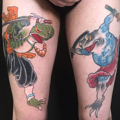 Tattoo by Junior Tattooing #JuniorTattooing #JapaneseTattoo #Japaneseinspired #Japaneseinspiredtattoo #Japanesestyle #Japanese #frogs #samurai #samuraisword #sword #color