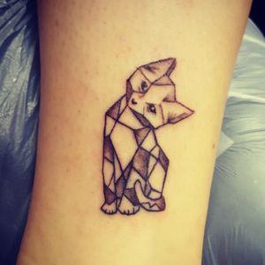 Geometric cat #tattoo #tattoos #tattooist #tattooartist #blackandgrey #blackandgray #blackandgreytattoo #geometric #cat