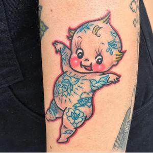 Tattoo by Jori Lakars #JoriLakars #kewpietattoo #kewpiedolltattoo #kewpie #kewpiedoll #cutie #baby #tattooed #rose #heart #tiger #oldschool