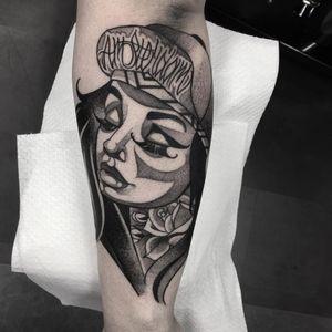 Tattoo by Celio Macedo #CelioMacedo #MotorinkFinest #Amsterdam #blackandgrey #ladyhead #lady #lettering #rose #bold #graphicart