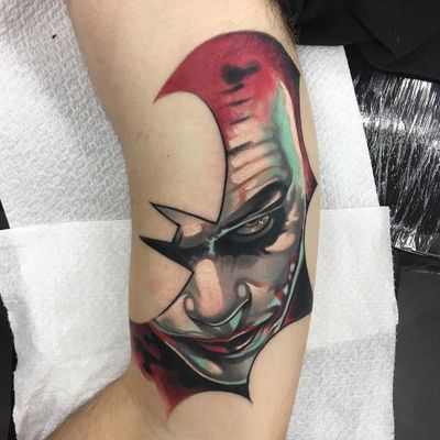 Tattoo by Celio Macedo #CelioMacedo #MotorinkFinest #Amsterdam #bold #graphicart #color #Batman #movietattoo #film #HeathLedger #Joker