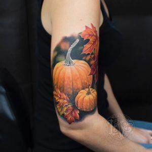 Pumpkin spice and everything nice! #fall #autumn #pumpkin #halloween #warm #spicedlatte #punpkinspice #leaves