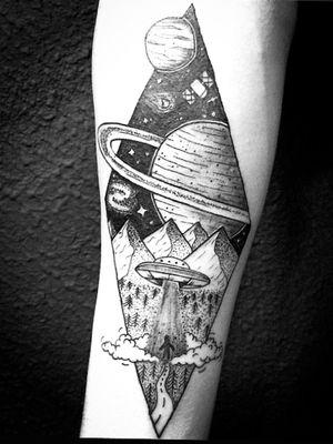 #blackwork #tattooartist #ink #space #alien