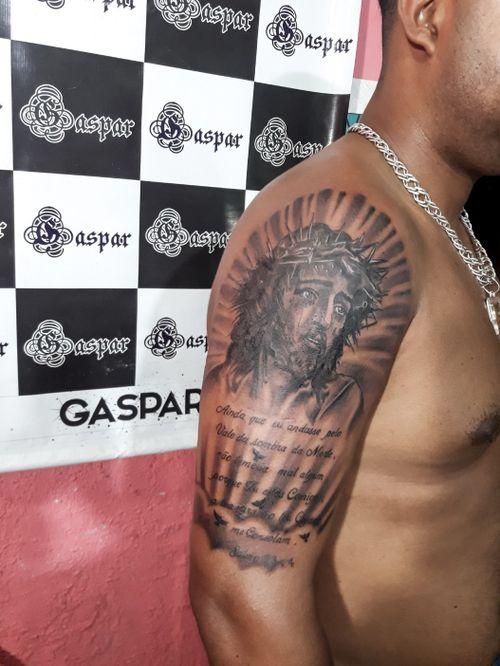 #blackandgrey  #blackandgreytattoo  #Black  #tattooart  #jesus  #jesustattoo  #JesusChrist