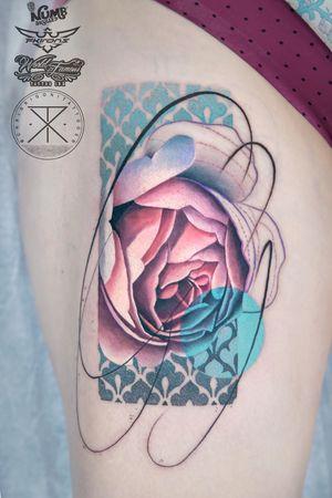 Rose for Amy a few weeks ago. Thanks lady! . . Tattooed using #worldfamousink @worldfamousink @_numb_skulled #_numb_skulled @fkirons Xion #fkirons #spektraxion #direkt2 @tattoodo Ambassador #tattoodo @bloodlinesinknorthperth #bloodlinesinknorthperth #stencilanchored #sabertattooequipment #chrisrigonitattooer #chrisrigoni #tattoo #tattooartistmagazine #TattooistArtMagazine #tattooculturemagazine #skinartmag #inkjunkeyz #tattoosnob #tattrx #inkedmag #tattoo_art_worldwide #tattoodo #backintime #inkstictsubmission #thebesttattooartists #tattooselection #SullenTV #d_world_of_ink #WhereTheyTatt #TAOT #tattoorealistic