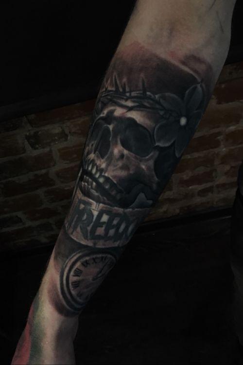 #freedom #time #workinprogress #skulltattoo #tattooartists #colourtattoos #tattoo #tattoos #ink #tatts #inked #tattooart #travel #blackngraytattoo #tattooist ##blackworkers #art #realistictattoo #worldwide #kwadron #dark