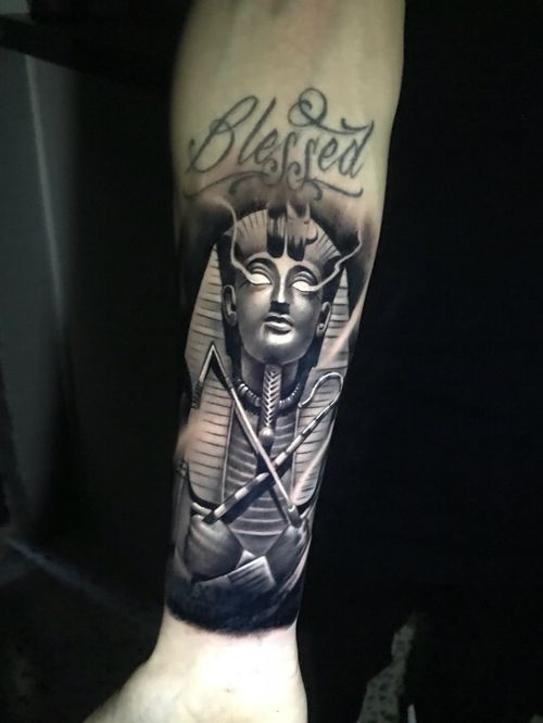 Pharoe cover up, writing not done by me