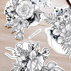 These are the ready-to-use designs included in the Delicate Flowers collection www.skinque.com/tattoo/collections or for commissions hello@skinque.com #floral #flower #rose #dahlia #poppy #poppytattoo #rosetattoo #linework #lineworktattoo #fineline #abstract #abstracttattoo