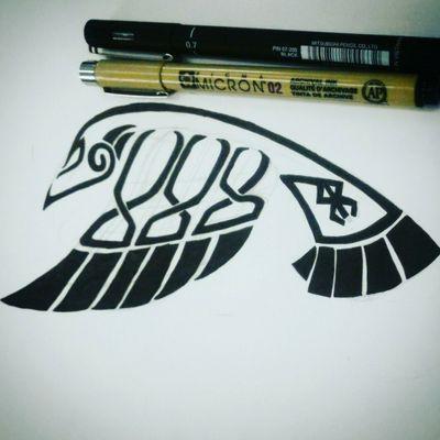 #raventattoo #vinigraytattoo #vikingtattoo #viking #norsetattoo #norse #norsegods #huginandmugin #ravenofodin #celtictattoo #tribaltattoos #tibal #norsebeast #odin #odinthegreat #allfather #tattooink #tattooart #tattoo #tatuagem #tatuagemviking