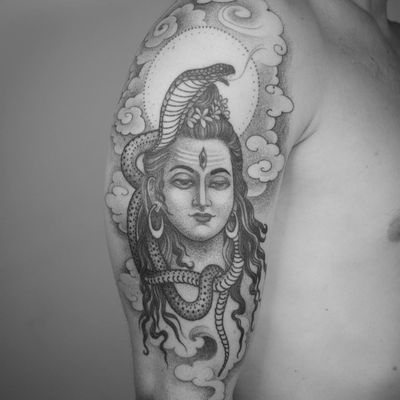 Tattoo byNathan Kostechko #NathanKostechko #favoritetattoos #favorite #best #cool #Shiva #hindu #snake #serpent #clouds #light #deity #God #flowers #floral #thirdeye #blackandgrey #fineline #portrait