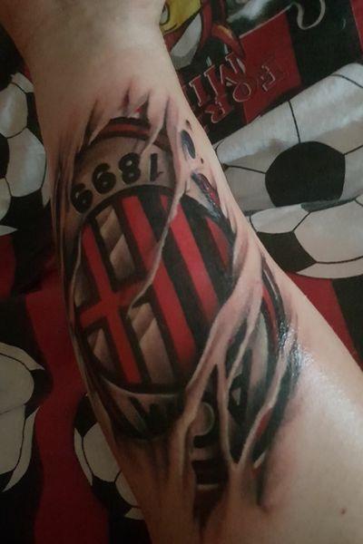 AC Milan, Football is life🔴⚫️ #football #acmilan