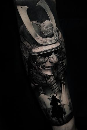 Samurai composition done over a 10h seasion on a client who came from Canada