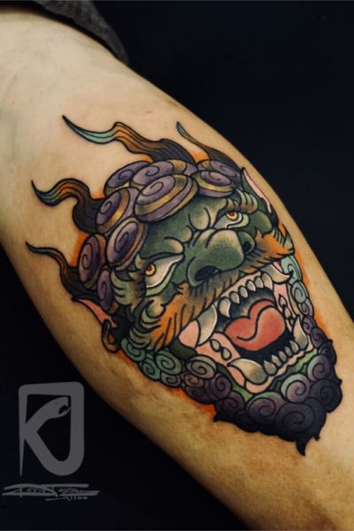 First time tattooing at a convention. Entered this piece in for small color of the day. Did not place, but still a fun experience. #jacksonvilletattooconvention #japanese #foodog #traditional